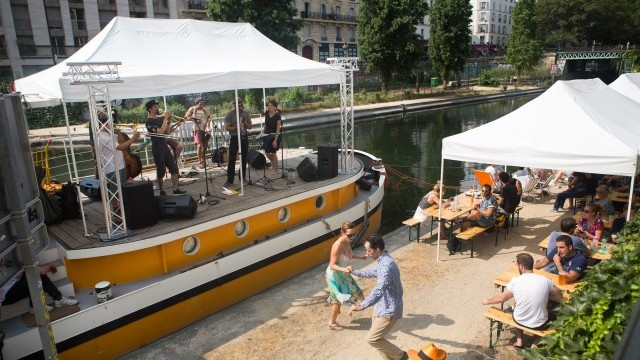 Canal Saint-Martin Image courtesy of City of Paris © Jean-Baptiste Gurliat/Mairie de Paris