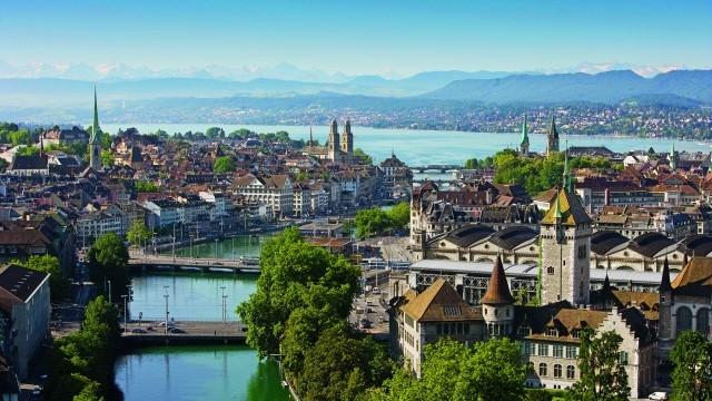 Zürich mit Blick Richtung See Photo © Zürich Tourismus, courtesy of City of Zürich
