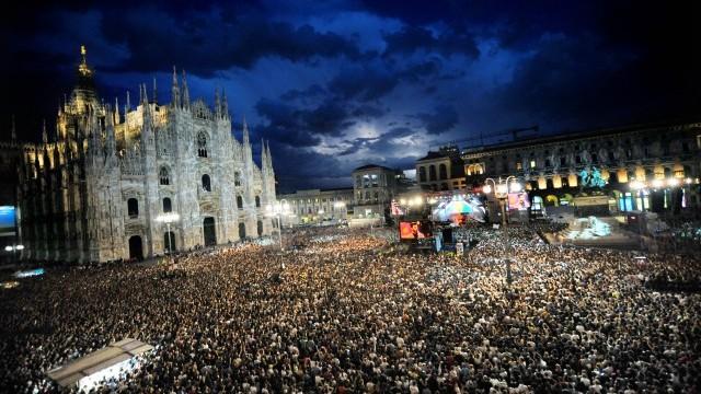 Piazza Duomo Courtesy of Comune of Milan