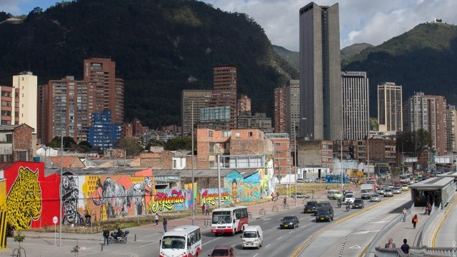 Urban regeneration: can cities stay unique?